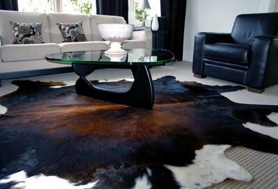 How to Choose a Cowhide Rug?